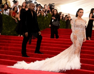 kim-kardashian-kanye-west-met-gala-2015-10